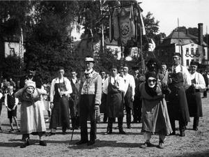 Pfeifen 1930 B in Heimatdorf